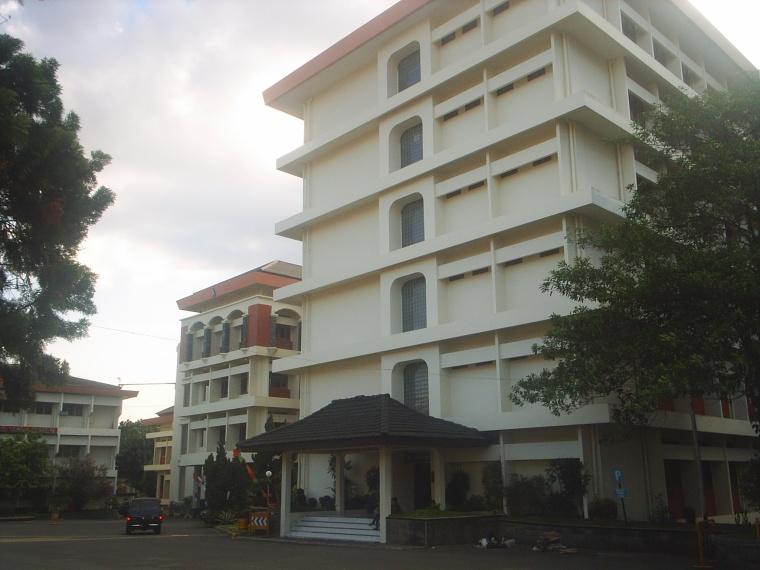 Foto : Universitas Widyatama Bandung (foto by : Laurensius D.S)